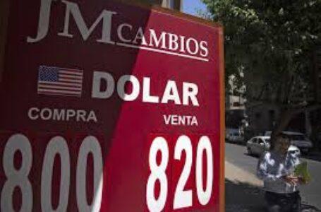 El dólar supera los $800 en las casas de cambio