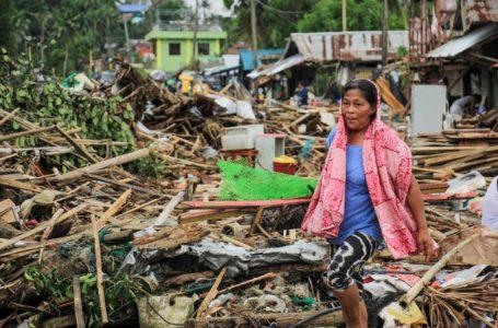 Al menos 17 muertos por tifón en Filipinas