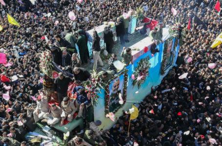 Una estampida en el funeral de Qassem Soleimani dejó al menos 50 muertos y más de 200 heridos