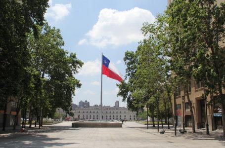 62% de los chilenos creen que el país avanza en dirección incorrecta en materia económica