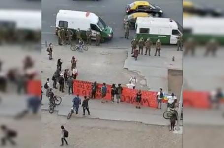 14 detenidos tras manifestación en Plaza Baquedano en medio de la pandemia
