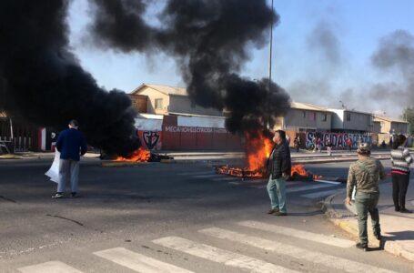 Vecinos de La Pintana vuelven a la calle para protestar contra el Gobierno