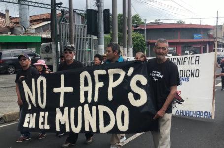 Oposición califica como «triunfo» despacho a Senado de iniciativa para retiro de 10% de fondos AFP